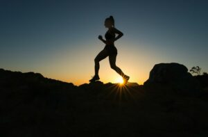 Tips for Trail Running at Night – Featured Image